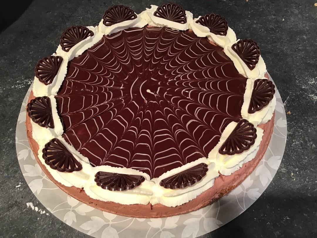 Chocolade bavaroise vlaai - Bakeronline