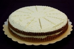 Bienenstich cake vlaai - Bakeronline